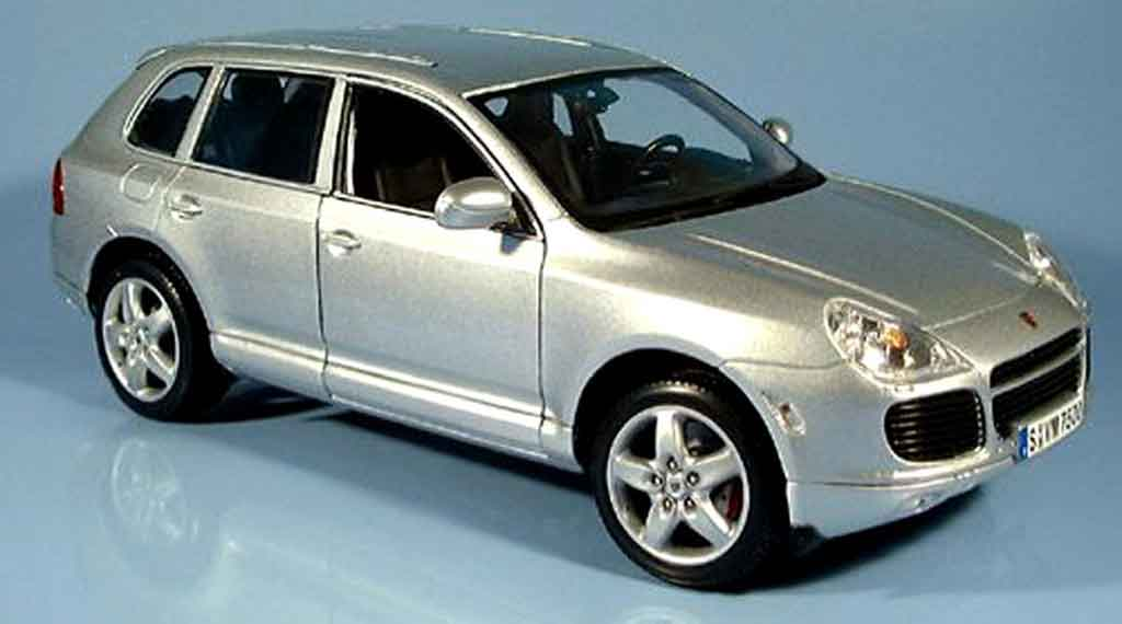 Porsche Cayenne Turbo 1/18 Maisto grise 2003 miniature