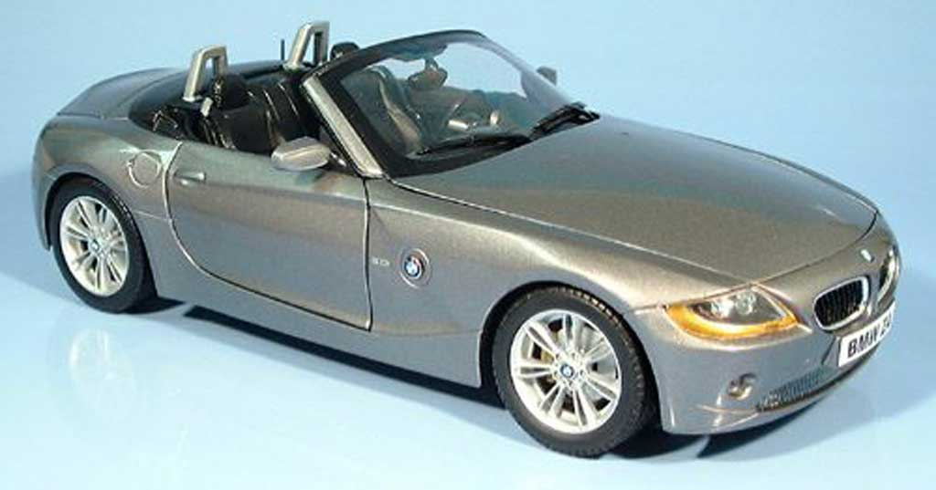 Bmw Z4 E85 E85 Gray 2002 Ricko Diecast Model Car 1 18