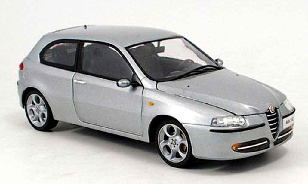 Alfa Romeo 147 gray 2003 Ricko. Alfa Romeo 147 gray 2003 miniature 1/18