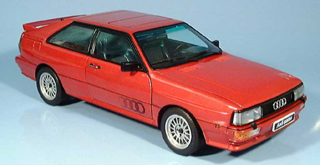 Audi Quattro red 1988 Autoart. Audi Quattro red 1988 miniature 1/18