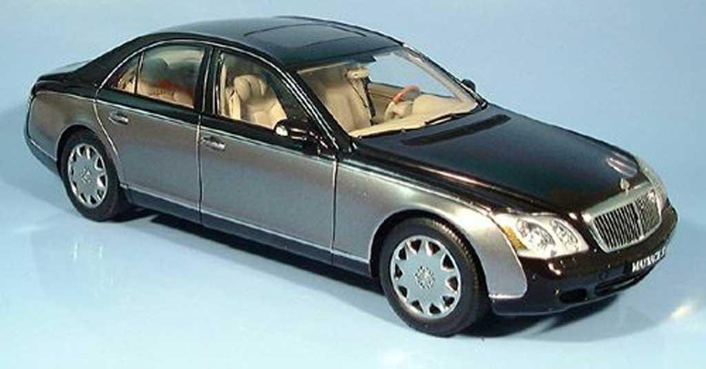 Maybach 57 1/18 Autoart swb noire / grise millennium edition 2002 miniature