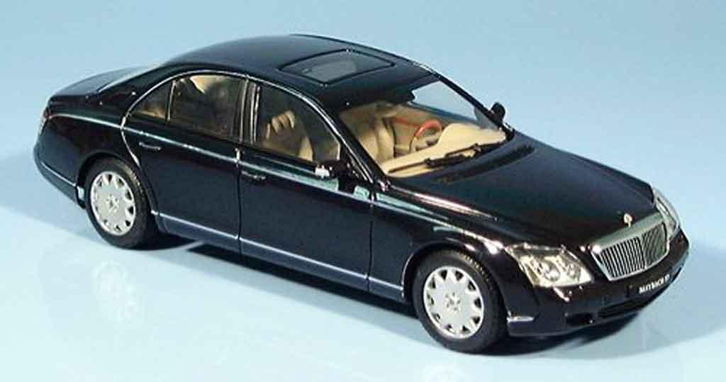 Maybach 57 1/43 Autoart SWB noire 2002 miniature