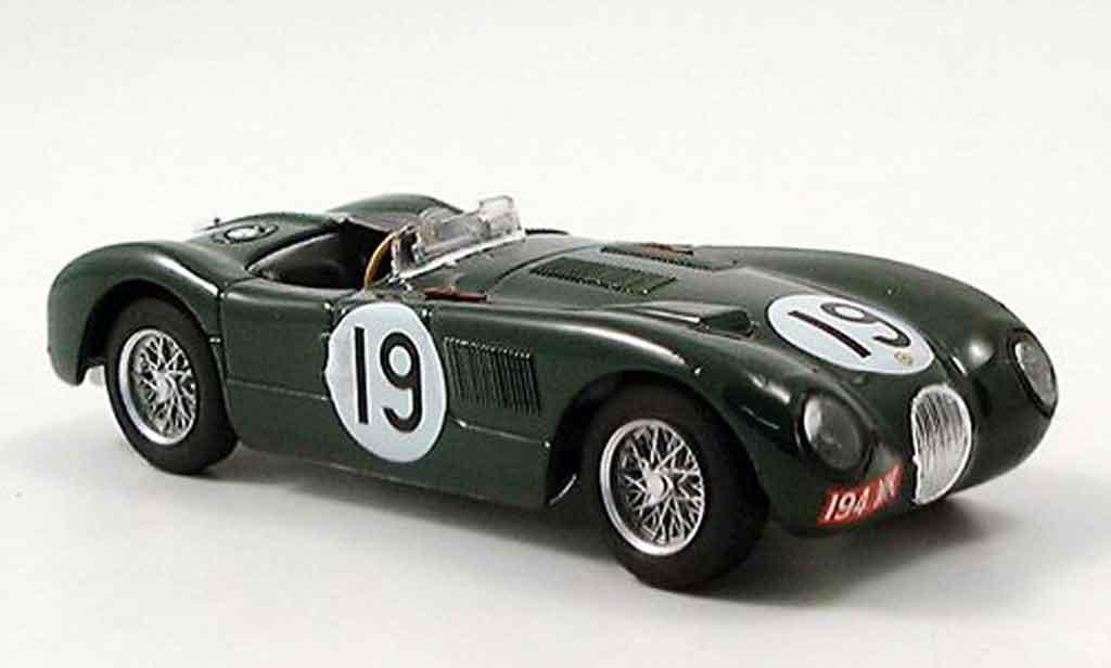 Jaguar C-Type 1/43 Brumm no.19 whitehead stewart vierter le mans 1953 miniature