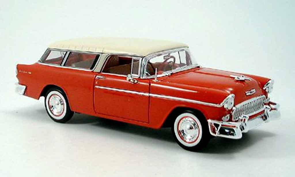 Chevrolet Nomad 1/18 Maisto rouge blanche 1955 miniature