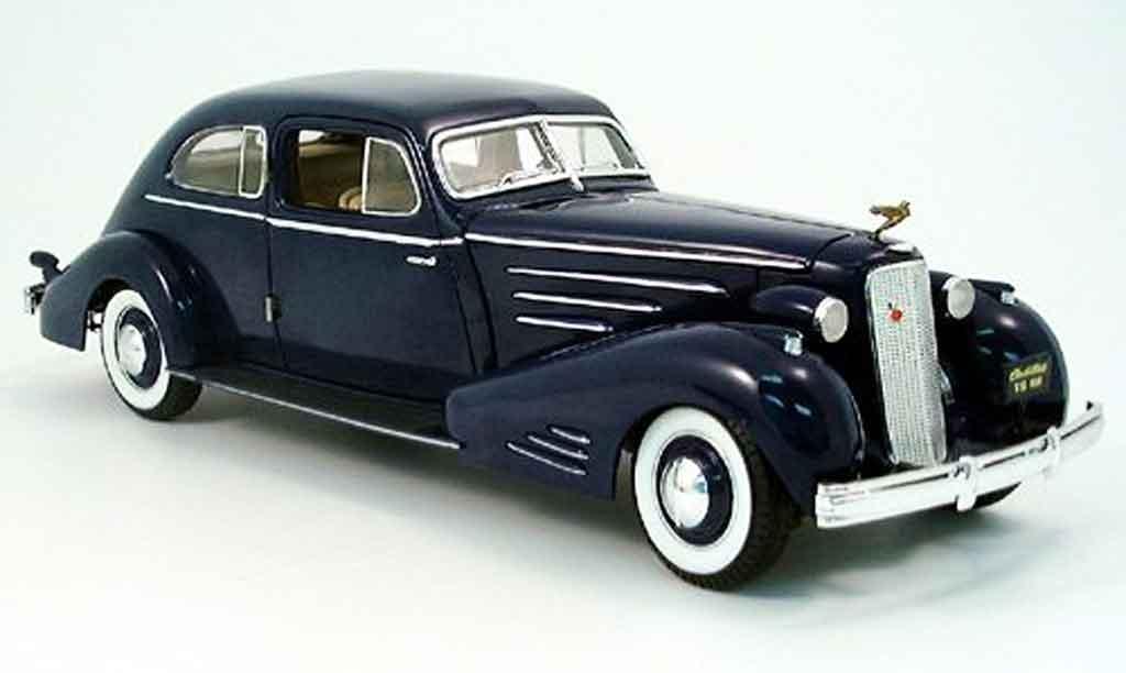 Cadillac Fleetwood 1/18 Ricko v 16 bleu 1933 miniature