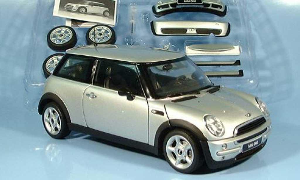 Mini One 1/18 Kyosho metalliseemit Tuningteilen miniature