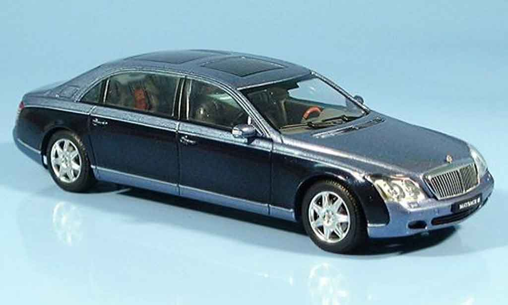 Maybach 62 1/43 Autoart LWB bleu miniature