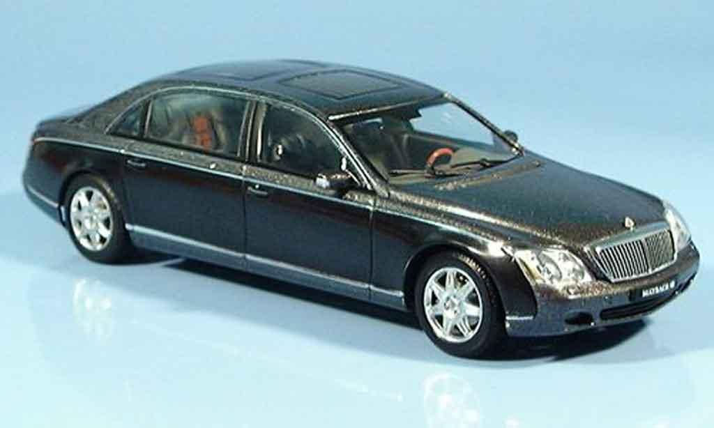 Maybach 62 1/43 Autoart LWB grise noire miniature