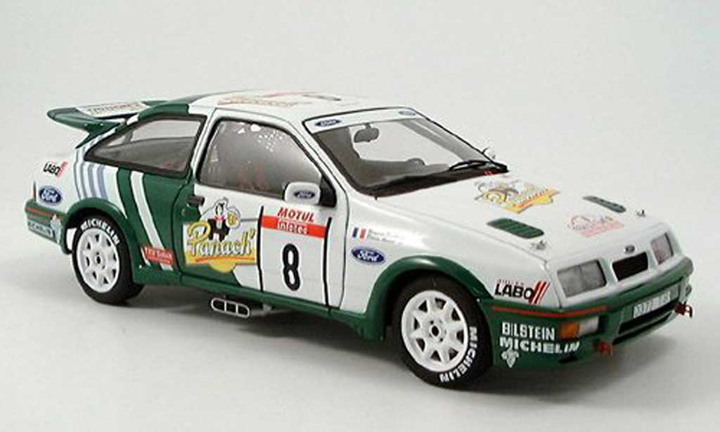 Ford Sierra RS 500 1/18 Autoart cosworth auriol 1988 miniature