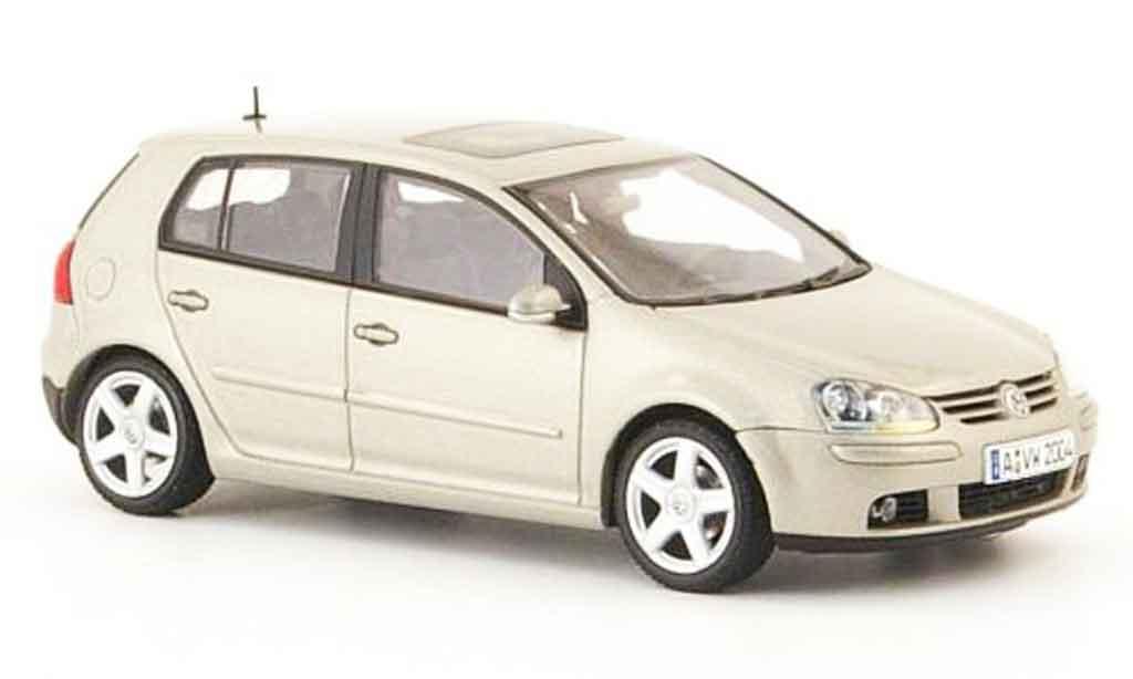 Volkswagen Golf V 1/43 Autoart beige 5 portes 2003 miniature