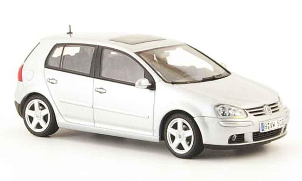 Volkswagen Golf V 1/43 Autoart grau metallisee 5 portes 2003 modellautos
