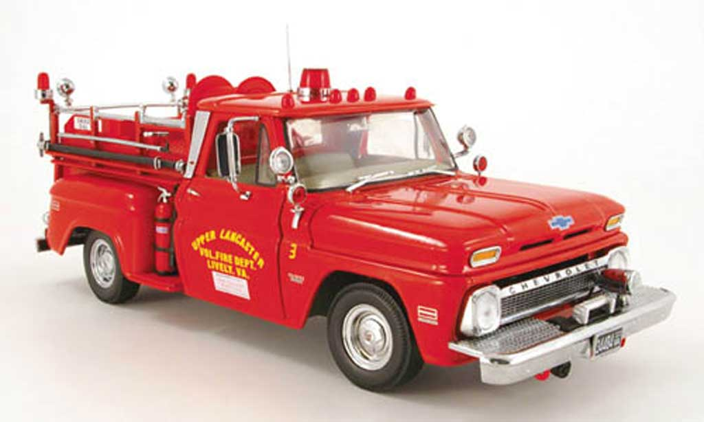 Chevrolet C-20 1/18 Sun Star pick up camion pompier lancaster (us) 1965 miniature