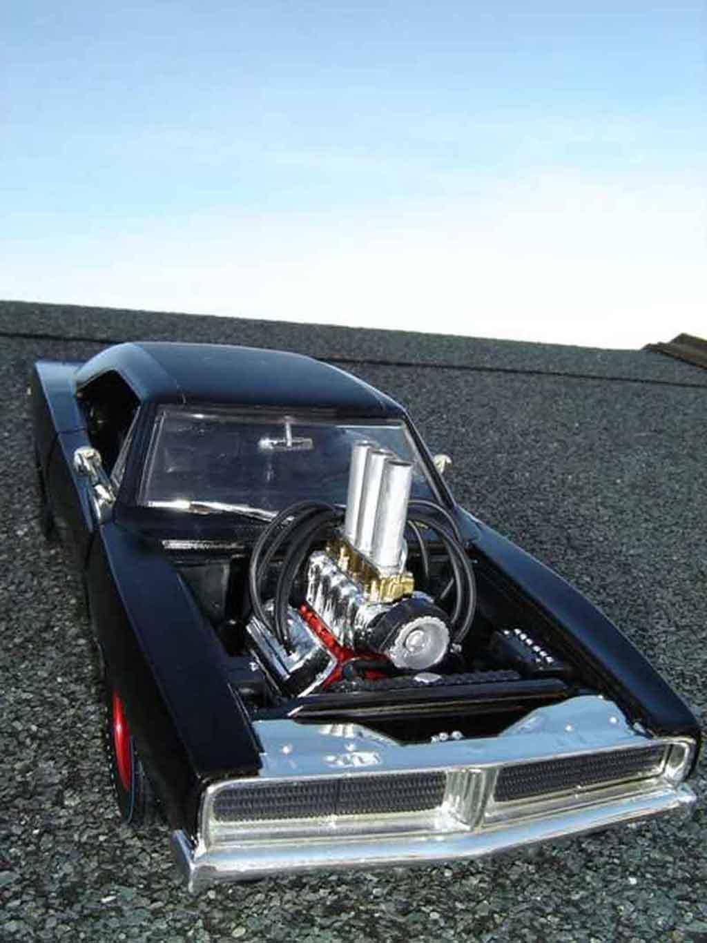 Diecast Metal Cars 1 18 1/18 Scale Diecast Metal