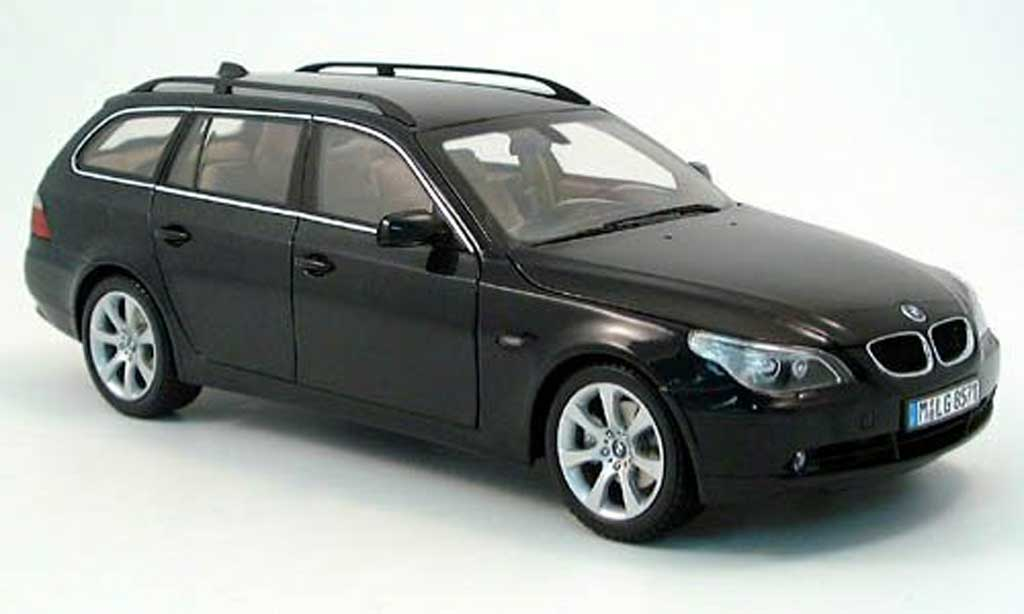Bmw 525 E61 1/18 Kyosho i touring black 2004