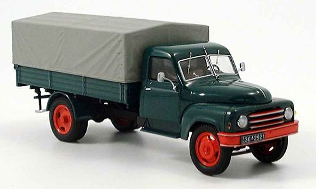 Hanomag L28 1/43 Schuco 25t Pritsche verte miniature