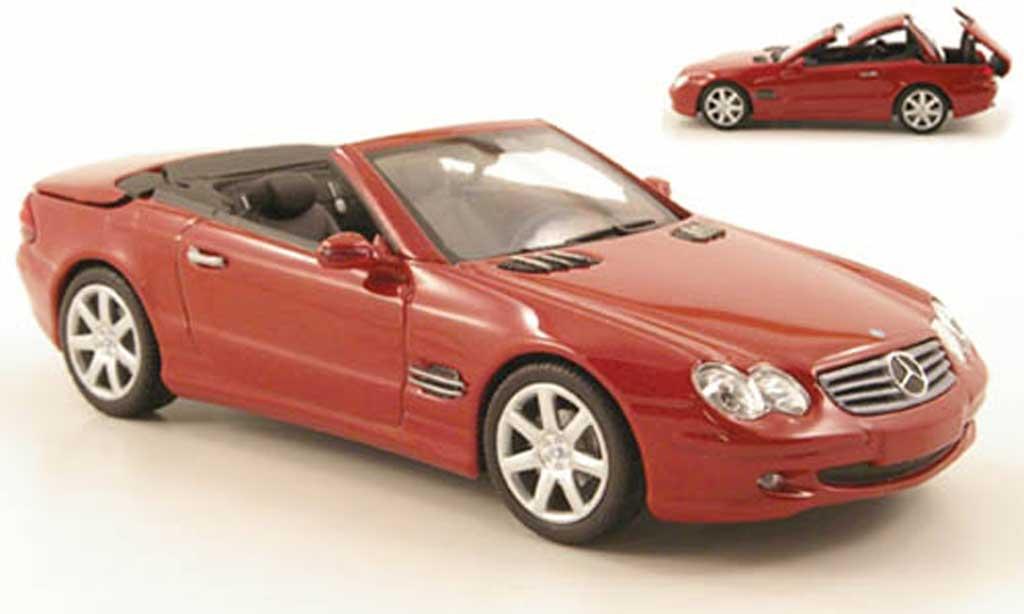Mercedes Classe SL 1/43 Minichamps rouge avec funktionsfahigem Verdeck 2001 miniature