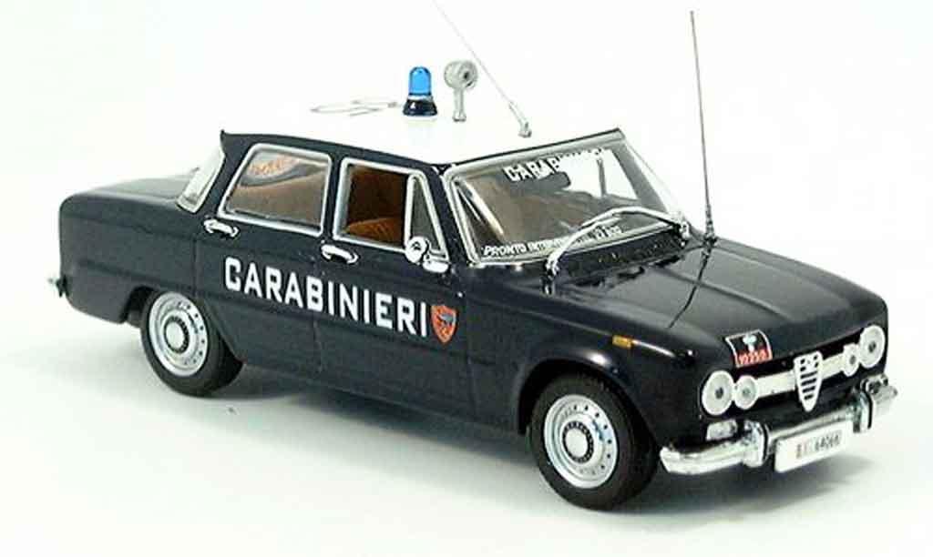 Alfa Romeo Giulia 1/43 Minichamps carabinieri italienische police 1970 miniature