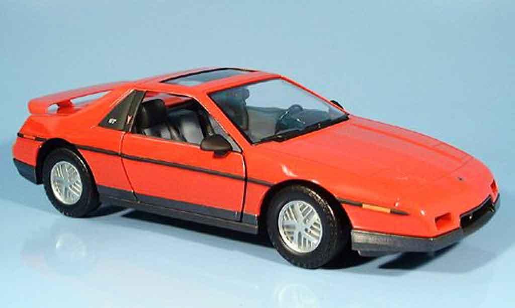 Pontiac Fiero 1/18 Yat Ming gt rouge 1985 miniature