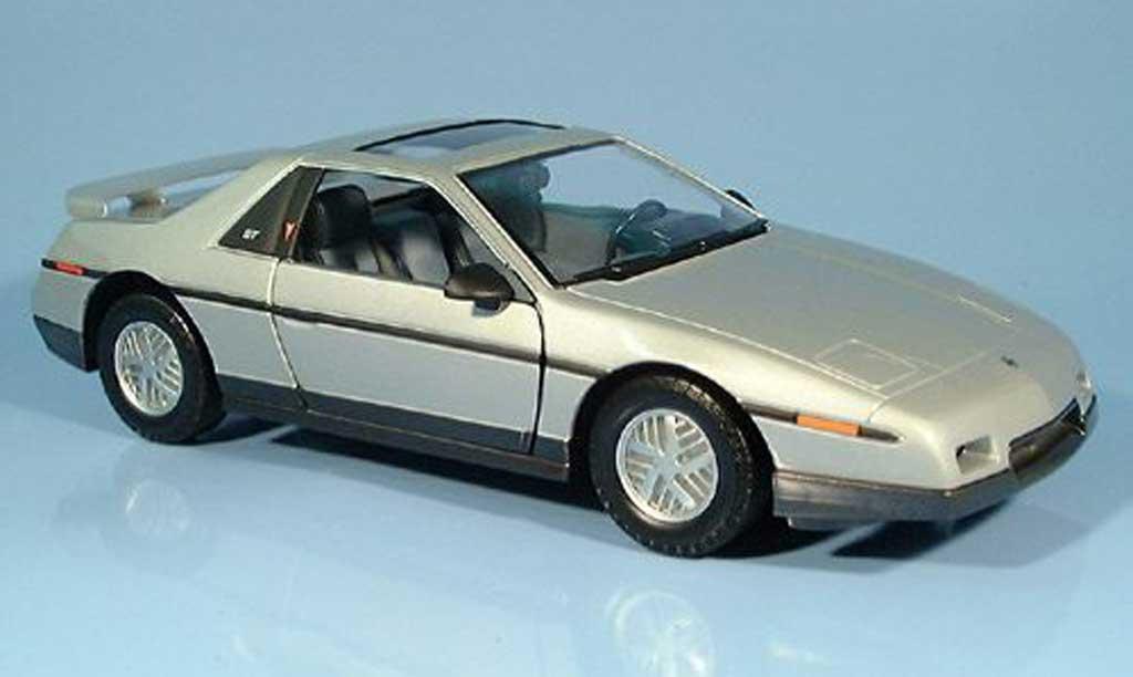 Pontiac Fiero 1/18 Yat Ming GT grise 1985 miniature