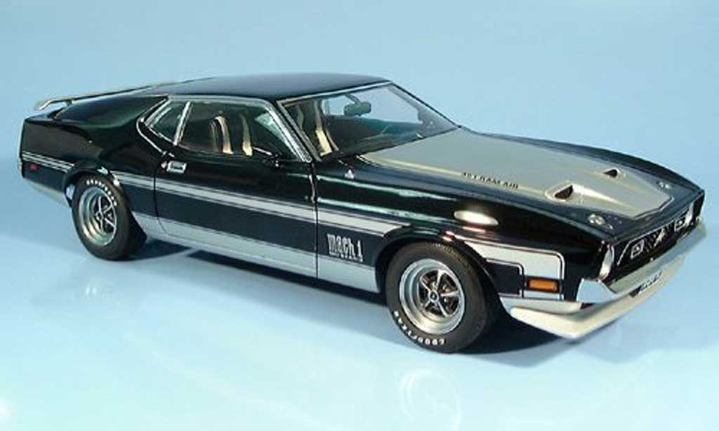 Ford Mustang 1971 1/18 Autoart mach i noire/grise miniature