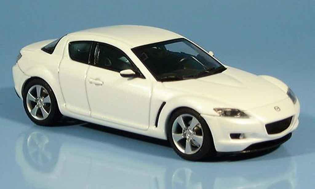 Mazda RX8 1/43 Autoart RX 8 blanche miniature