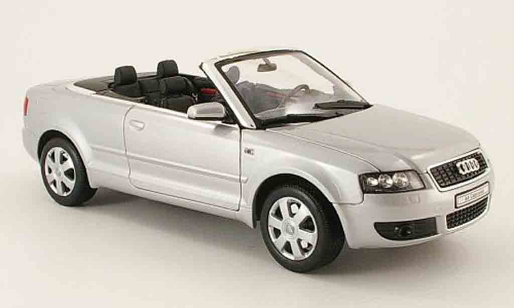Audi A4 cabriolet 1/18 Welly grise 2002 miniature