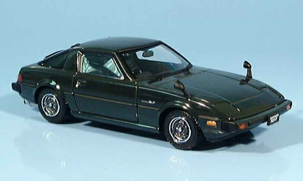 mazda rx7 1982 savana gt grun 1982 ebbro modellauto 1 43. Black Bedroom Furniture Sets. Home Design Ideas