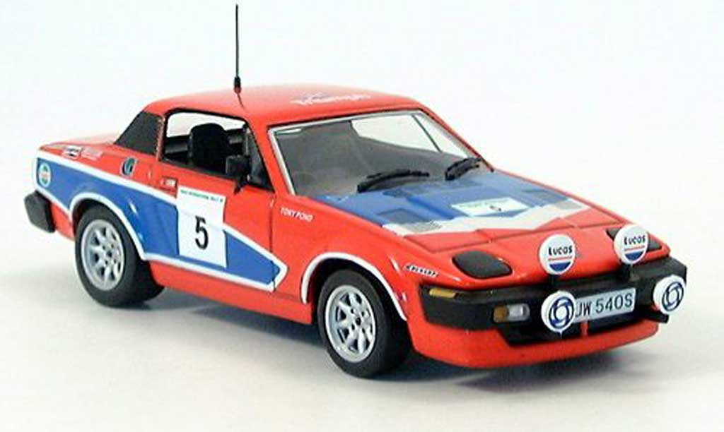 Triumph TR7 1978 1/43 IXO Sieger Manx Rallye Pond-Gallagher miniature
