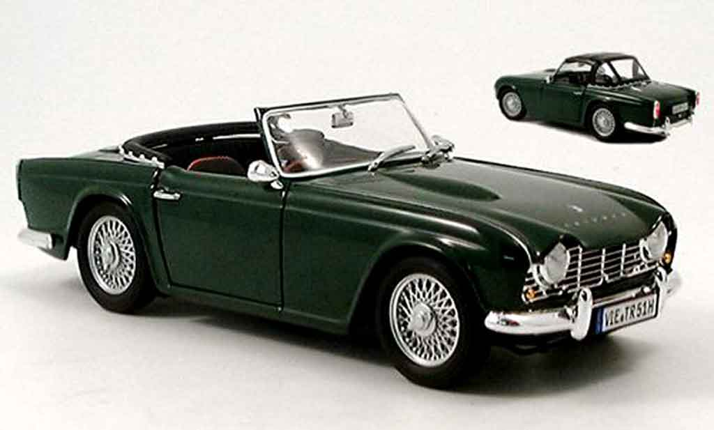 triumph tr4 green 1963 revell diecast model car 1 18 buy sell diecast car on. Black Bedroom Furniture Sets. Home Design Ideas