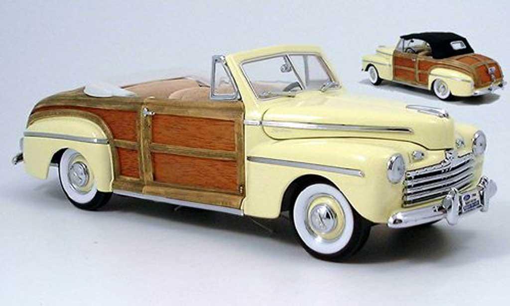 Ford Sportsman 1/18 Yat Ming yellow avec stoffdach zum auswechseln 1946 diecast model cars