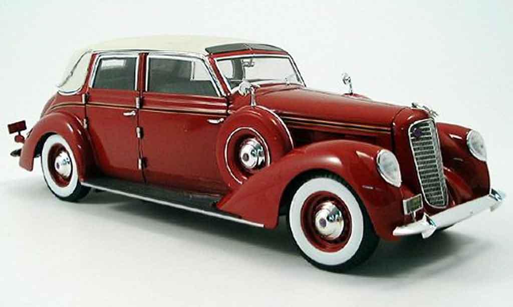 Lincoln Touring 1/18 Signature rouge et toit blanc 1937 miniature