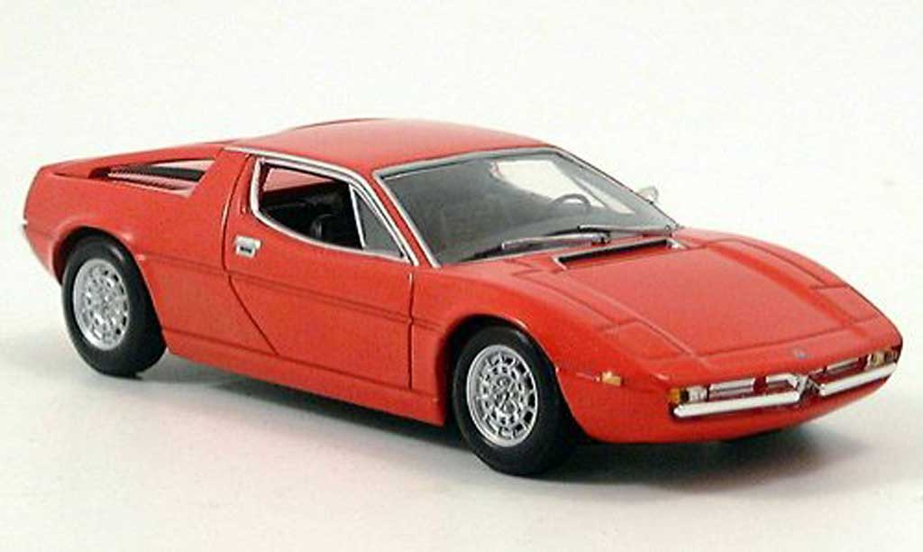 Maserati Merak red 1974 Minichamps. Maserati Merak red 1974 miniature 1/43