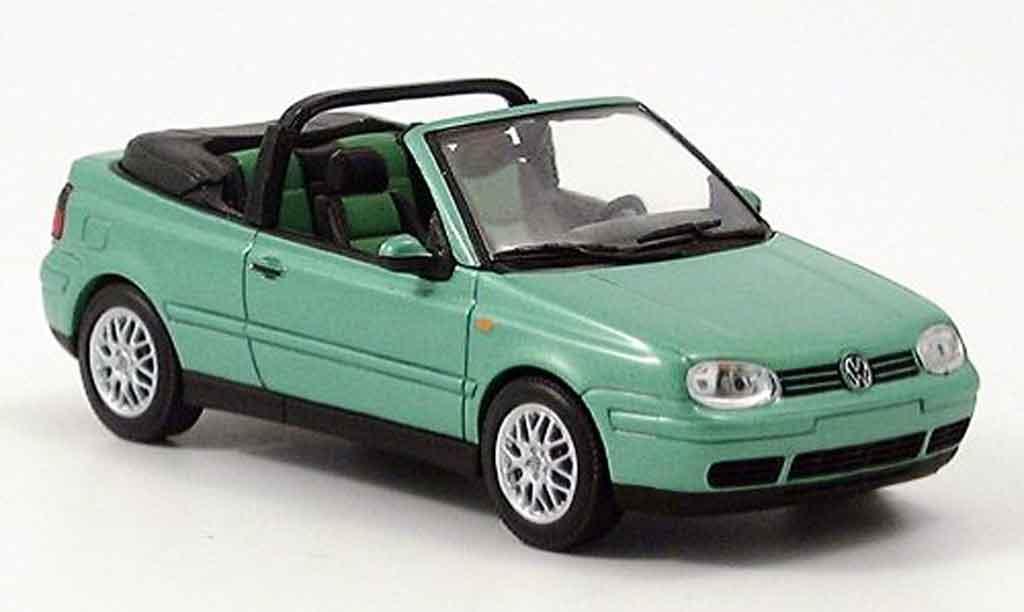 Volkswagen Golf III 1/43 Minichamps cabriolet  verte 1999 miniature