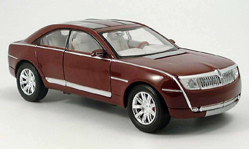 Lincoln Navicross Red Motormax Diecast Model Car 1 18