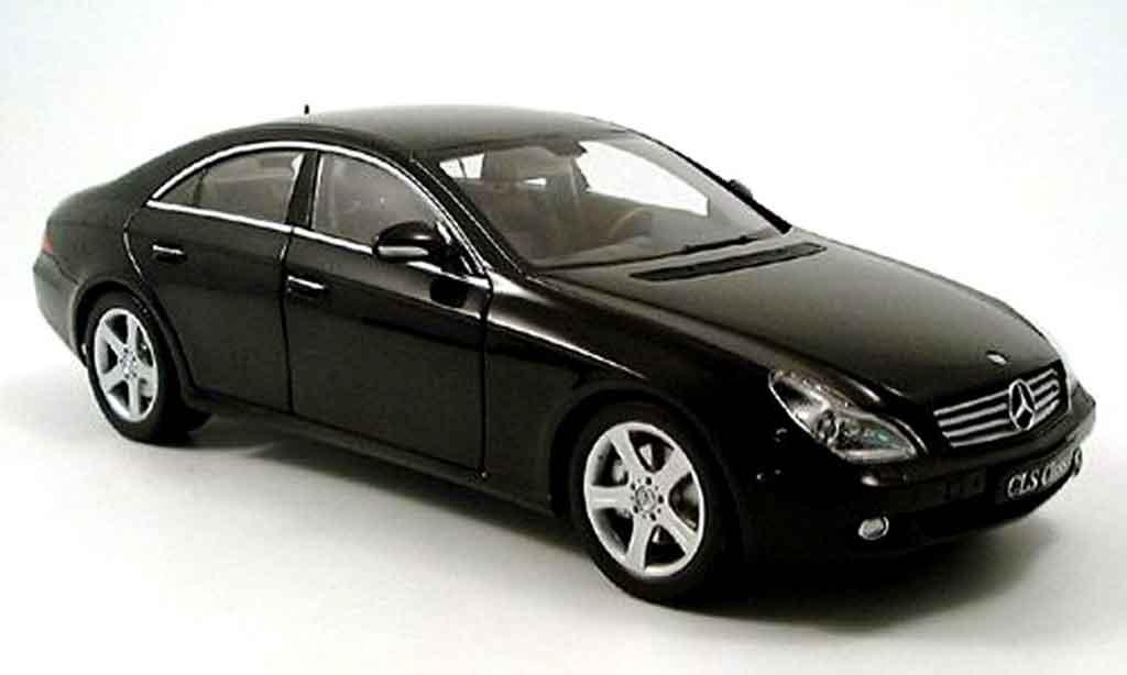 mercedes cls miniature noire 2004 kyosho 1 18 voiture. Black Bedroom Furniture Sets. Home Design Ideas