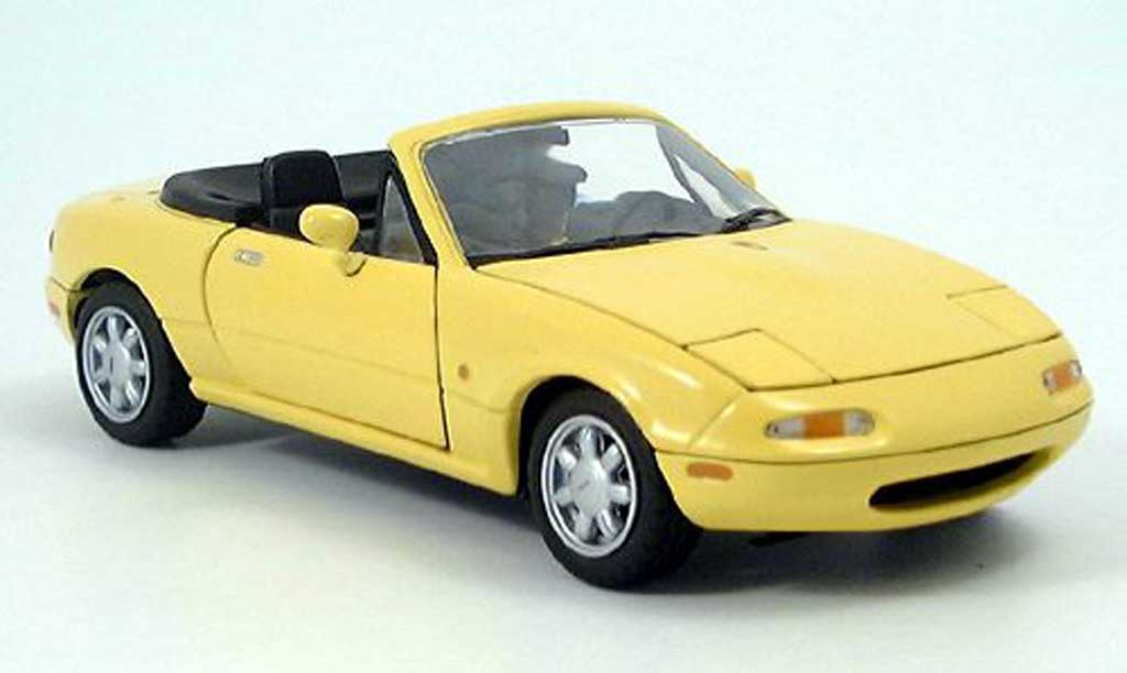 mazda mx5 gelb kyosho modellauto 1 18 kaufen verkauf modellauto online. Black Bedroom Furniture Sets. Home Design Ideas