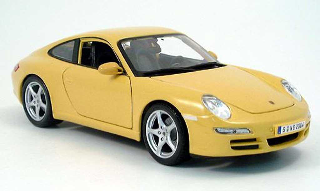 Porsche 997 Carrera 1/18 Maisto Carrera jaune 2005 miniature