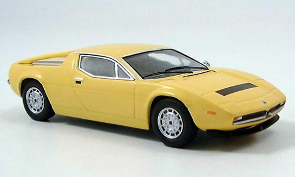 Maserati Merak 1/43 IXO SS jaune miniature
