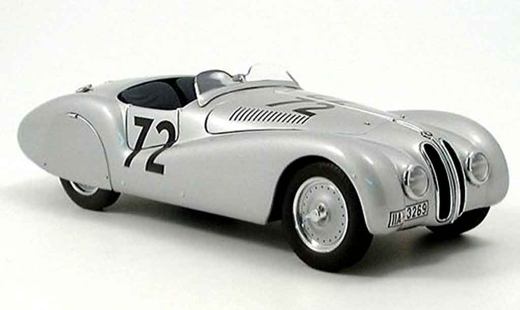 Bmw 328 1940 1/18 Autoart streamline roadster mille miglia no. 72  miniature