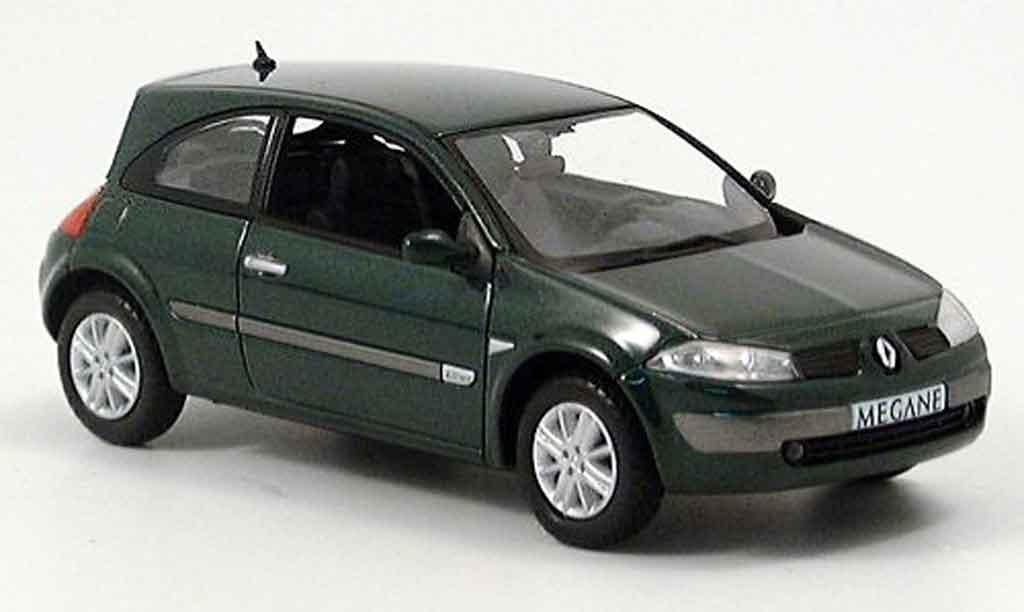 Renault Megane 1/43 Norev grun miniature