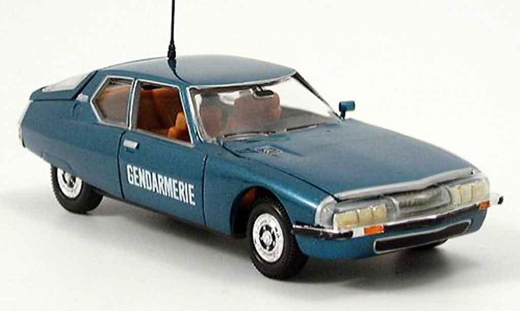 Citroen SM 1/43 Norev gendarmerie police 1974 miniature