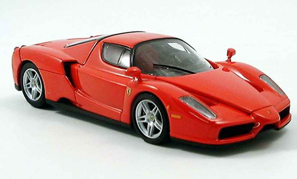 ferrari enzo miniature rouge kyosho 1 43 voiture. Black Bedroom Furniture Sets. Home Design Ideas