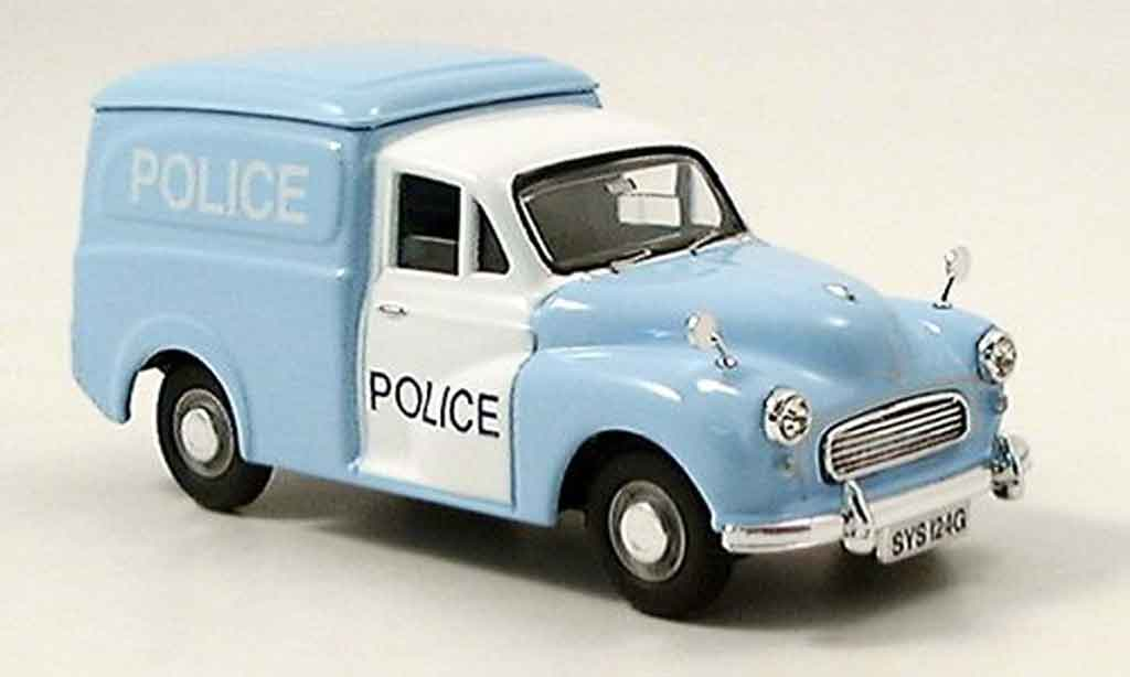 Morris Minor 1/43 Vanguards Van police Glasgow miniature