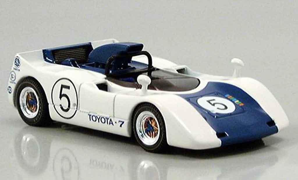 Toyota 7 GP 1/43 Ebbro japan no. 5 blanche bleu 1969 miniature