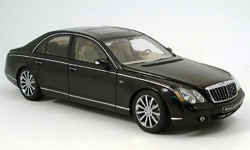 Maybach 57 1/18 Autoart s 2005 noire miniature
