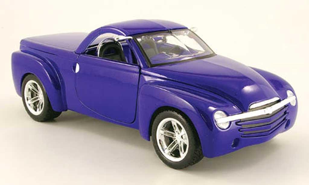 Chevrolet SSR 1/18 Maisto concept bleu miniature