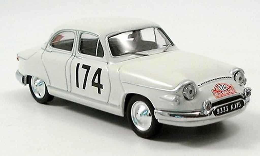 Panhard PL 17 1961 1/43 IXO 1961 No. 174 Sieger Rallye Monte Carlo miniature