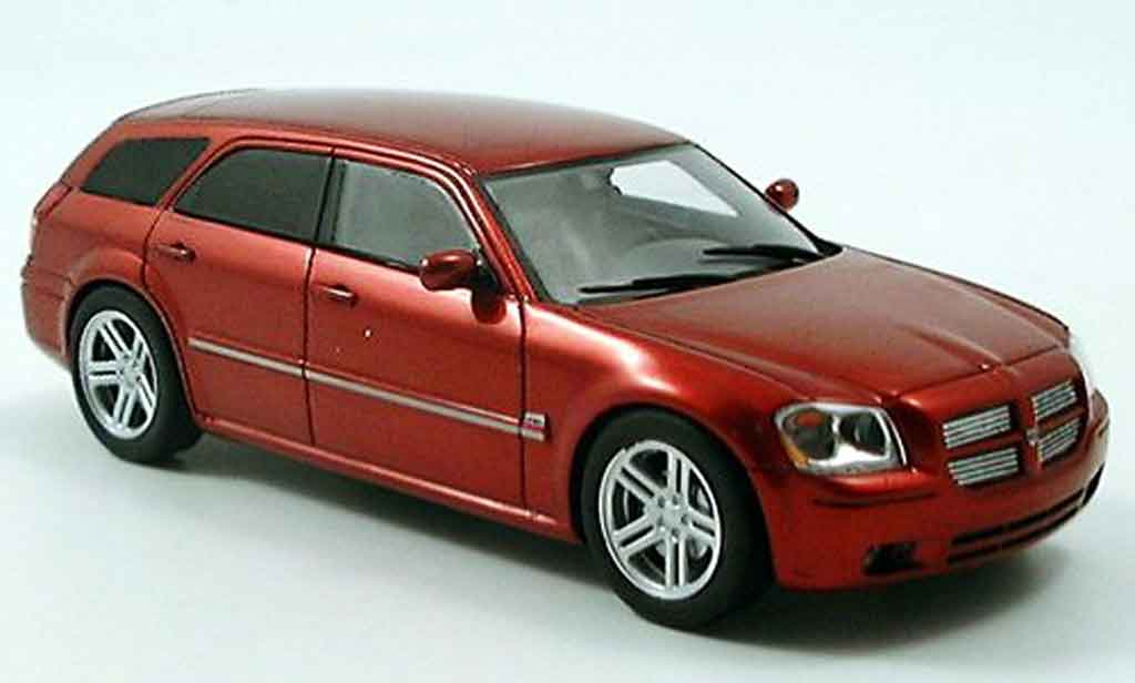 Dodge Magnum 2005 Magnum RT HEMI red Spark. Dodge Magnum 2005 Magnum RT HEMI red miniature 1/43