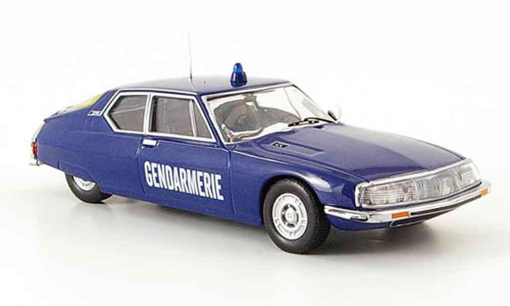 Citroen SM 1/43 IXO gendarmerie police frankreich 1973 miniature