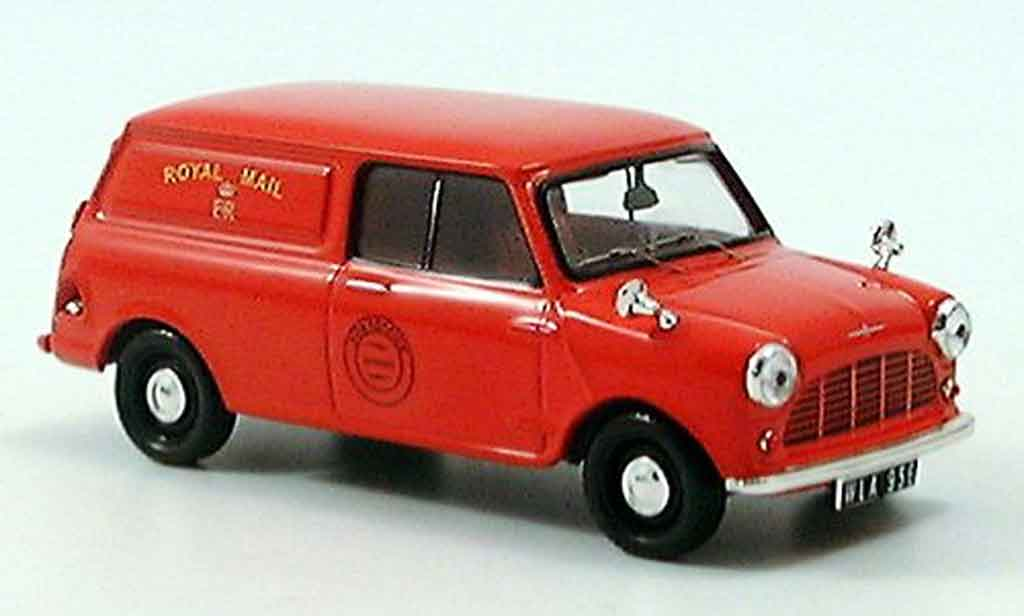 Morris Mini Van 1/43 IXO Royal Mail 1965 miniature
